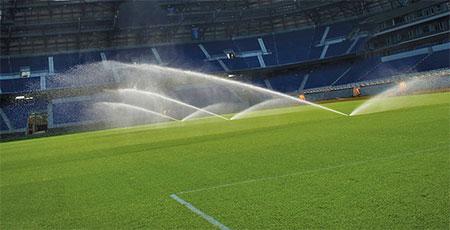 Застосування роторних дощувачів Hunter i 40 04 ss для газону на футбольних полях